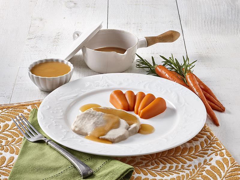 Dinde et carottes avec sauce à la dinde